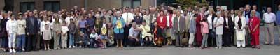 groepsfoto op de familiebijeenkomst van 30 augustus 2003